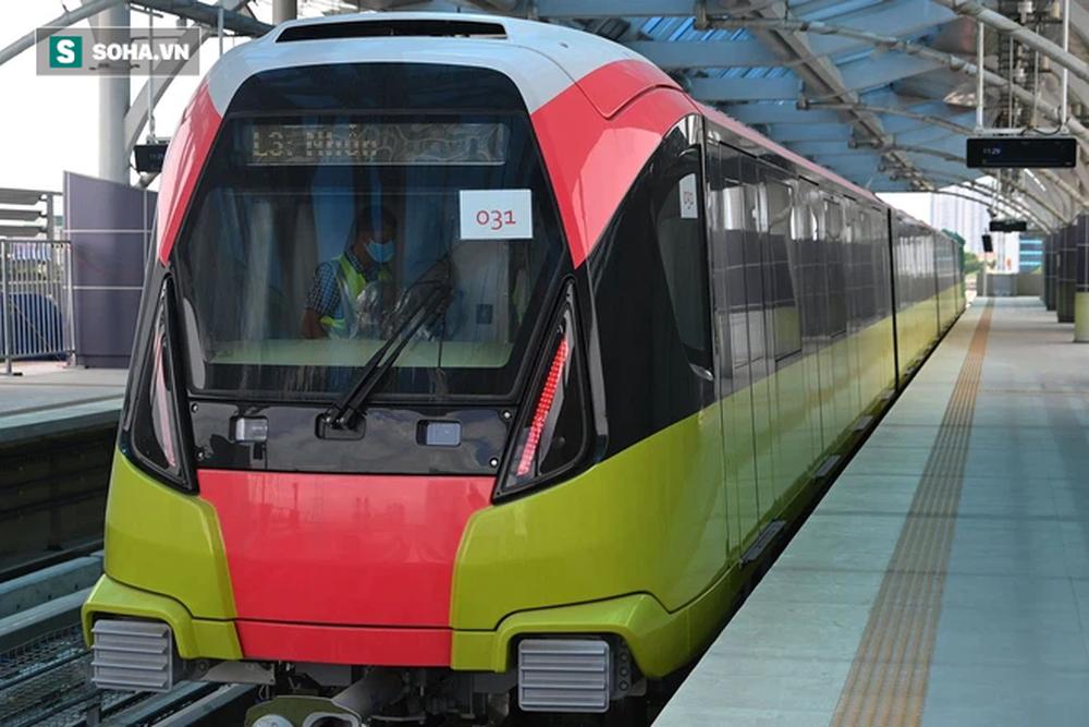 Hình ảnh đoàn tàu tuyến Metro hơn tỷ USD ở Hà Nội do Pháp thiết kế chạy thử nghiệm qua các nhà ga trên cao - Ảnh 5.