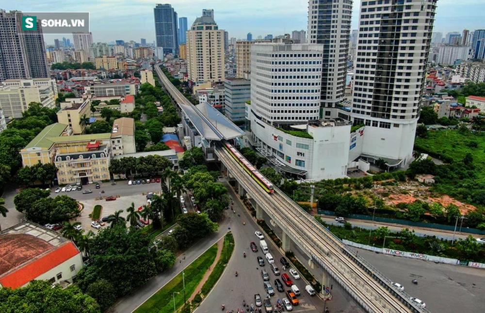 Hình ảnh đoàn tàu tuyến Metro hơn tỷ USD ở Hà Nội do Pháp thiết kế chạy thử nghiệm qua các nhà ga trên cao - Ảnh 9.