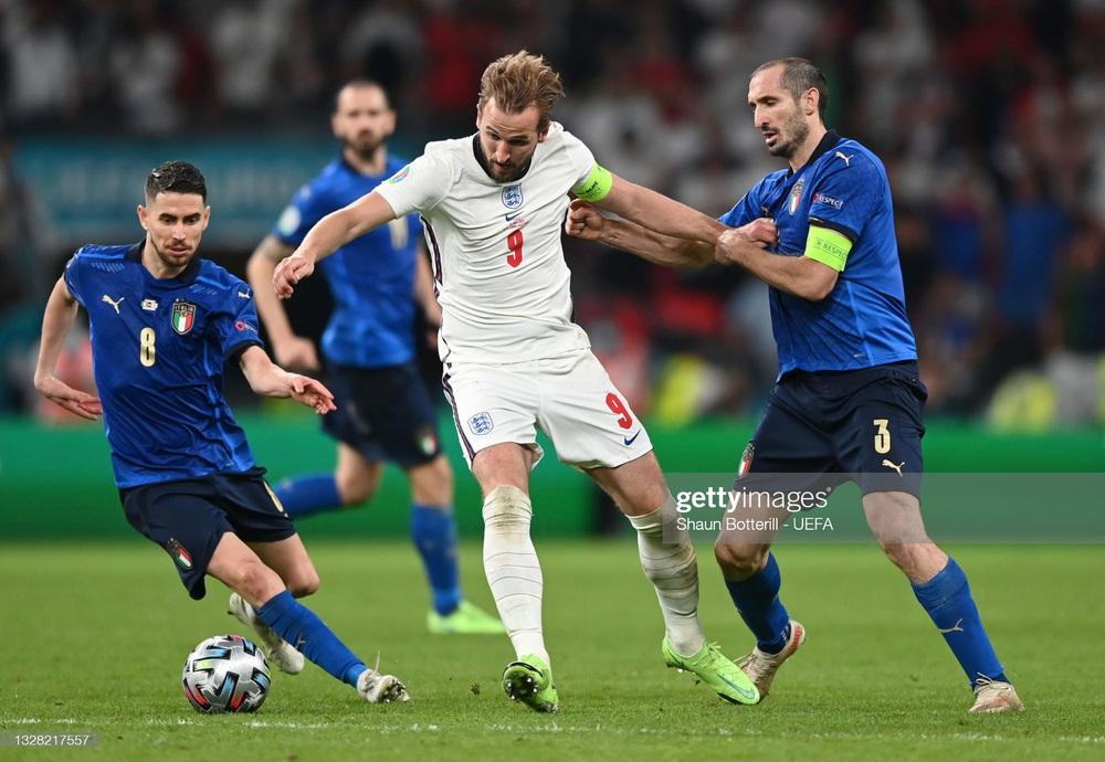 Thống kê gây sốc của Harry Kane trong ngày đội tuyển Anh gục ngã dưới chân Italia - Ảnh 2.