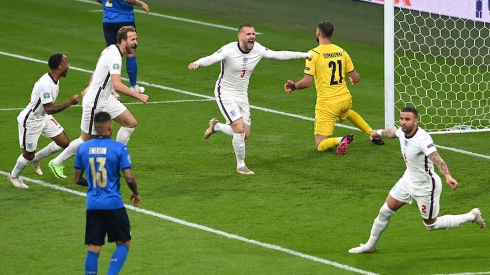 Italia vô địch EURO 2021: HLV Mancini viết lại lịch sử cho Azzurri từ đám tro tàn - Ảnh 1.