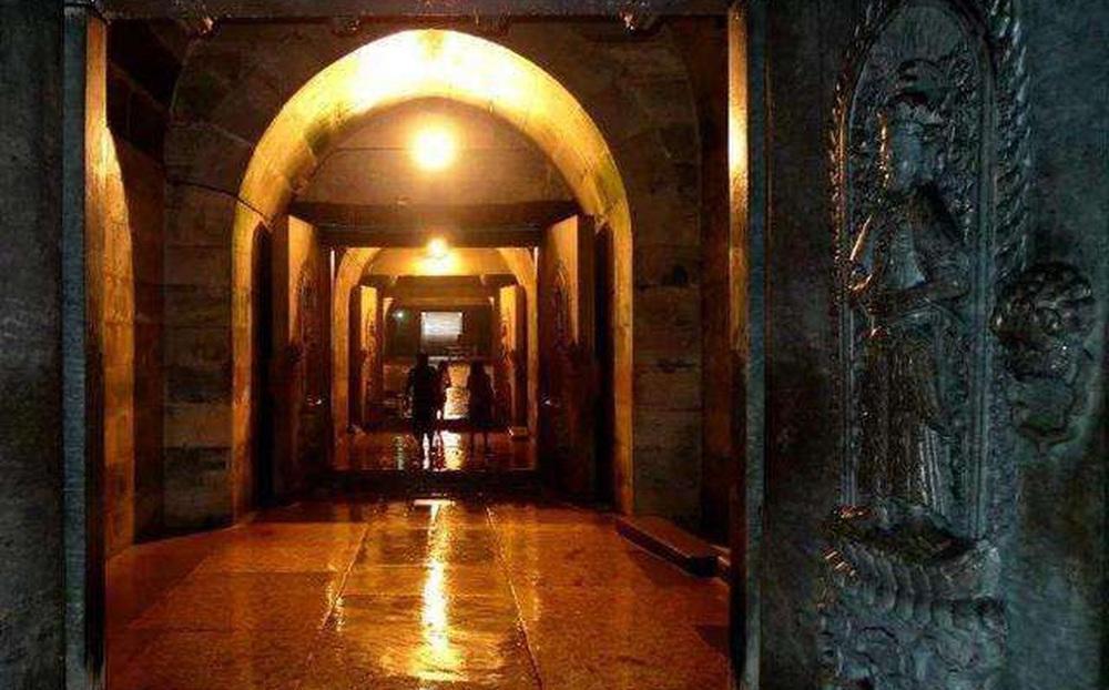 Lăng mộ con trai cả của Khang Hy được phát hiện ở Thiên Tân, chuyên gia nhìn vào bên trong, lắc đầu: Tạm thời không thể giải thích!