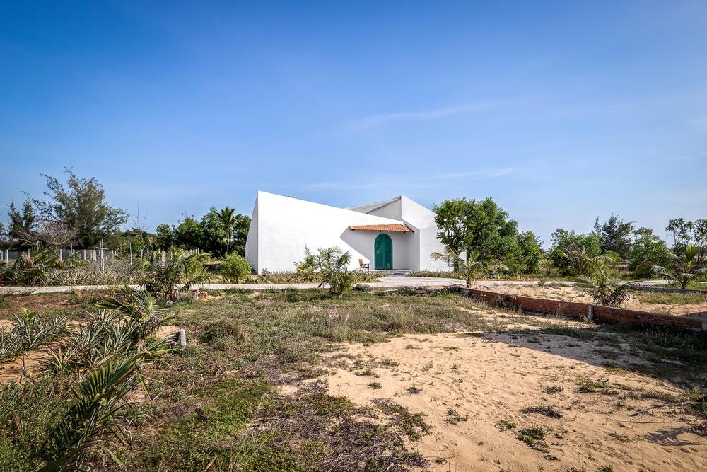 Ngôi nhà màu trắng đẹp không tì vết tại Phú Yên vừa lên báo Mỹ - Ảnh 18.