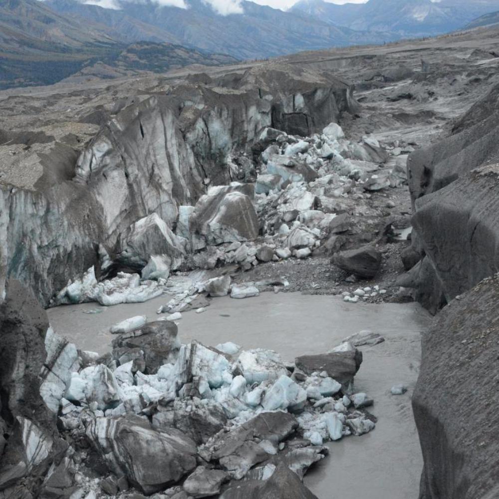 Phát hiện sốc: Một nửa số dòng sông toàn cầu bốc hơi 24 giờ mỗi năm - Ẩn chứa đại họa gì? - Ảnh 1.
