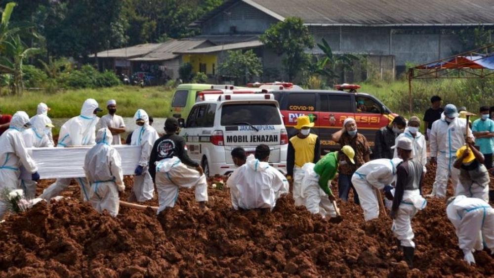 72.000 người chết do Covid-19, Indonesia đi từ khủng hoảng y tế đến khủng hoảng quan tài - Ảnh 2.