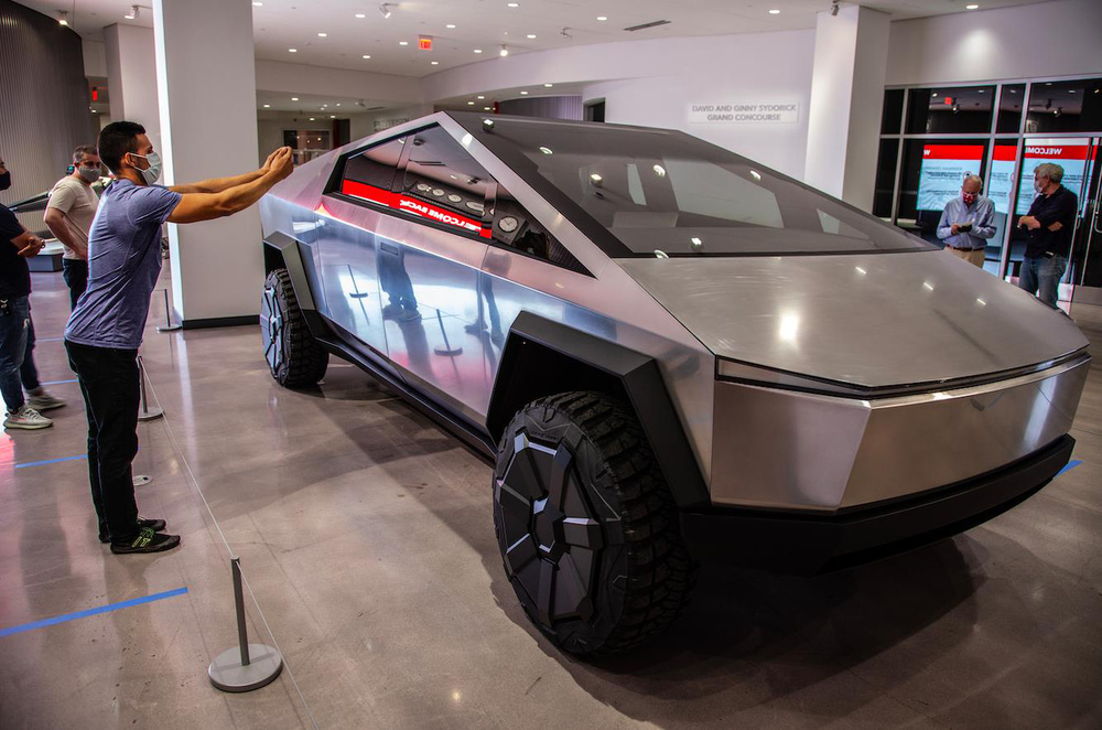 Elon Musk: 'Tesla Cybertruck do người ngoài hành tinh tương lai thiết kế' – hóa ra lại có thiết kế từ thế kỷ trước? - Ảnh 4.