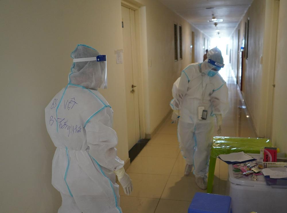 Chuyển  2000 trang thiết bị gồm máy thở, máy lọc máu, máy tạo oxy đến TP HCM - Ảnh 1.