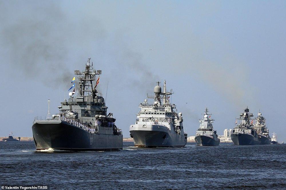 Hải quân Nga bắn 21 phát đại bác chào mừng: TT Putin sắp có bài phát biểu quan trọng - Ảnh 5.