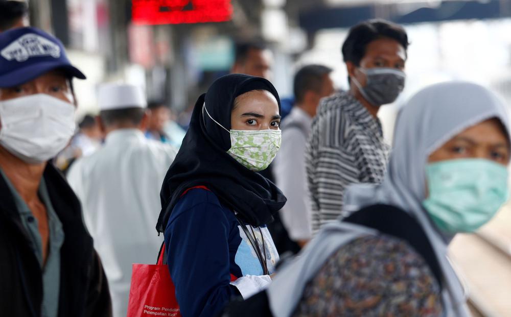 """Số ca nhiễm vượt quá Ấn Độ và Brazil, lý do khiến Indonesia trở thành """"điểm nóng"""" Covid-19 toàn cầu"""