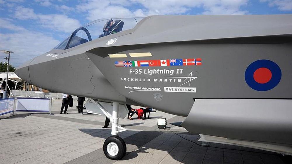 """Tiêm kích tàng hình F-35: Từ một sản phẩm """"vô dụng"""" đến máy bay đắt khách nhất - Ảnh 3."""