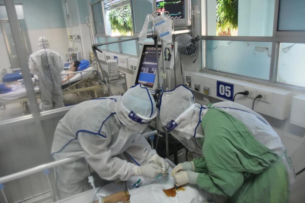 TP HCM: 106 bệnh nhân Covid-19 nặng hồi phục ngoại mục - Ảnh 1.