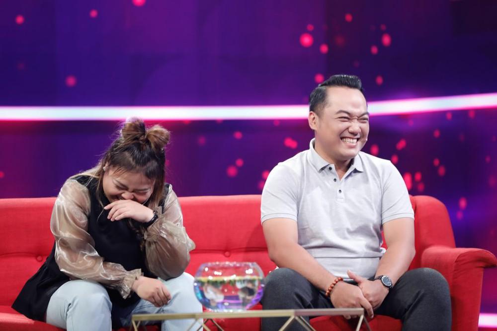 Nữ diễn viên đề nghị cưới sau đúng 1 đêm hẹn hò: Con nuôi NSND Ngọc Giàu, tuổi thơ không có mẹ - Ảnh 8.