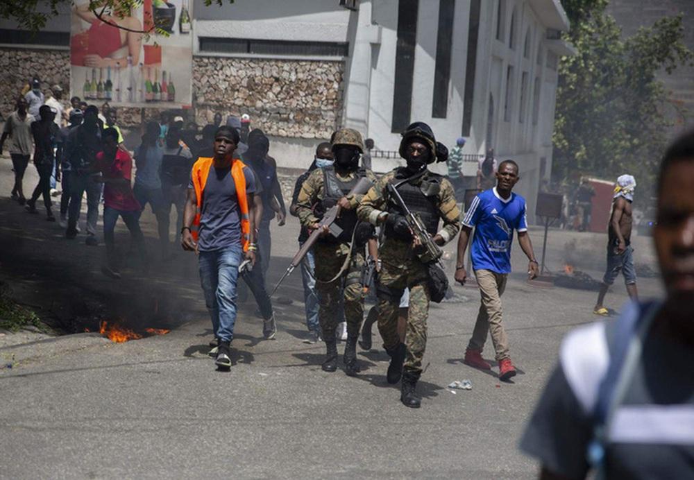 Thủ tướng lâm thời Haiti tuyên bố từ chức - Ảnh 1.