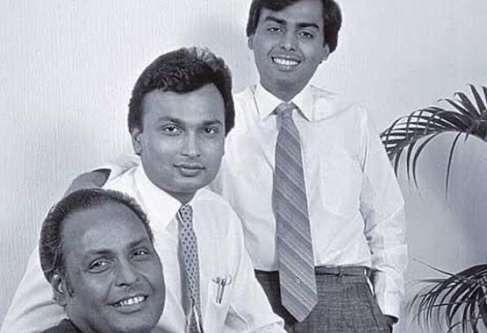 Tỷ phú giàu nhất châu Á, được Ấn Độ bảo vệ kĩ chỉ kém TT Modi: Mong muốn sâu thẳm và nỗi ám ảnh nhất đời - Ảnh 4.