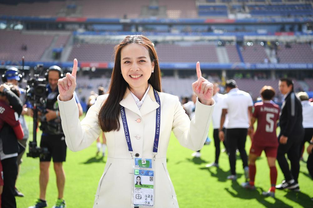 Công thần của bầu Đức chính thức về dưới trướng nữ chủ tịch xinh đẹp người Thái Lan - Ảnh 1.