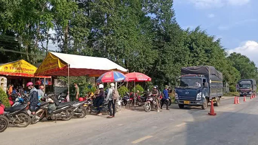 Lâm Đồng: Truy bắt 2 thanh niên vượt hàng loạt chốt kiểm dịch Covid-19 liên tỉnh - Ảnh 2.