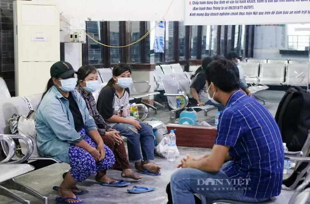 """Bà mẹ cùng 3 con đạp xe từ Đồng Nai về Nghệ An: """"Tôi xin không nhận 10 triệu đồng, dành cho người khác"""" - Ảnh 2."""