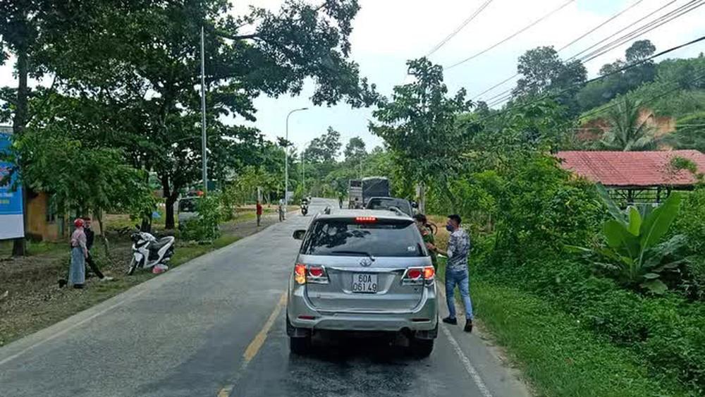 Lâm Đồng: Truy bắt 2 thanh niên vượt hàng loạt chốt kiểm dịch Covid-19 liên tỉnh - Ảnh 3.