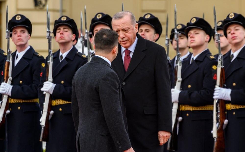 """Ukraine-Thổ Nhĩ Kỳ """"rèn vũ khí"""", lật đổ ngôi vương Nga ở Biển Đen: Thảm họa tồi tệ nhất!"""