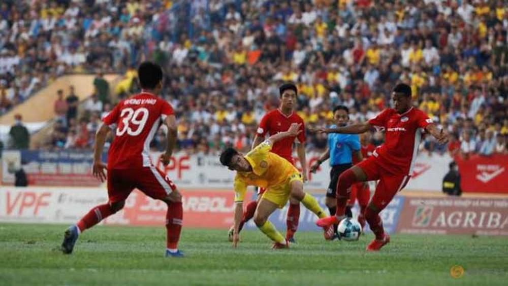 """Báo Indo: """"Tất cả các đội bóng ở Việt Nam đều có thể phá sản nếu hoãn V.League tới 2022"""" - Ảnh 1."""