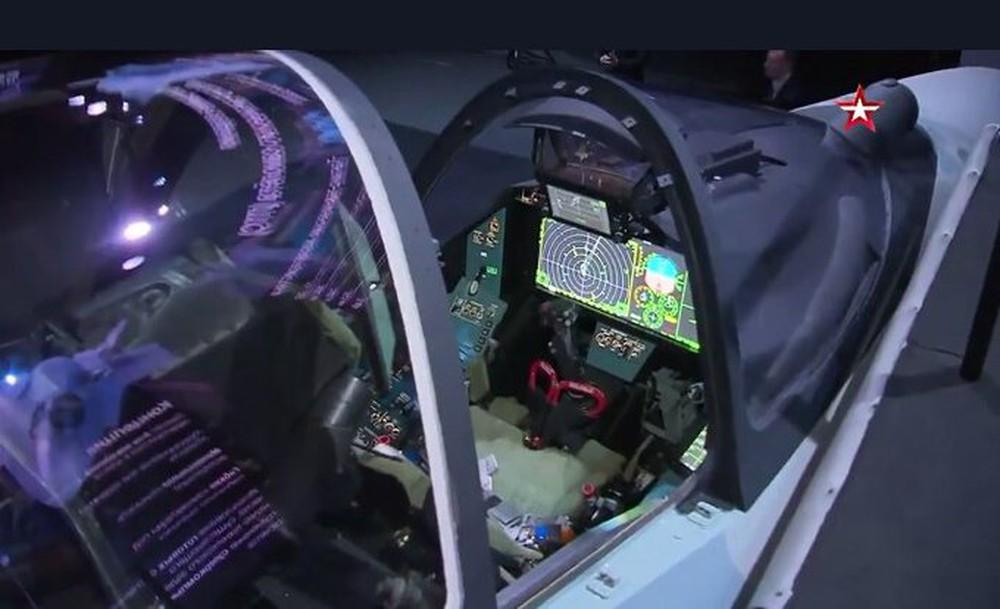 Máy bay mới của Nga: Đẹp mê hồn, tính năng siêu khủng - F-35 Mỹ ngả mũ chào vì giá quá rẻ! - Ảnh 5.