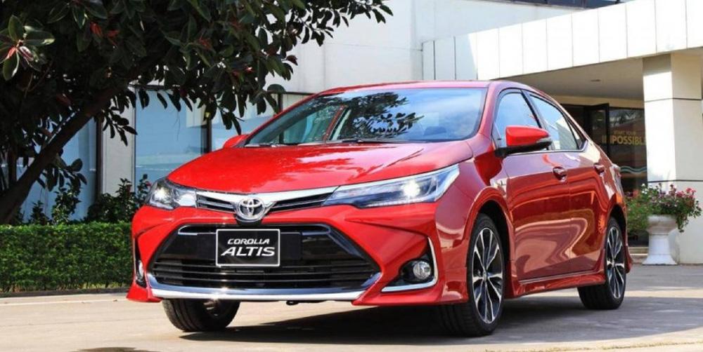 Toyota Corolla Altis giảm giá mạnh, nhưng còn 1 đối thủ vô địch giá rẻ khó vượt qua - Ảnh 1.