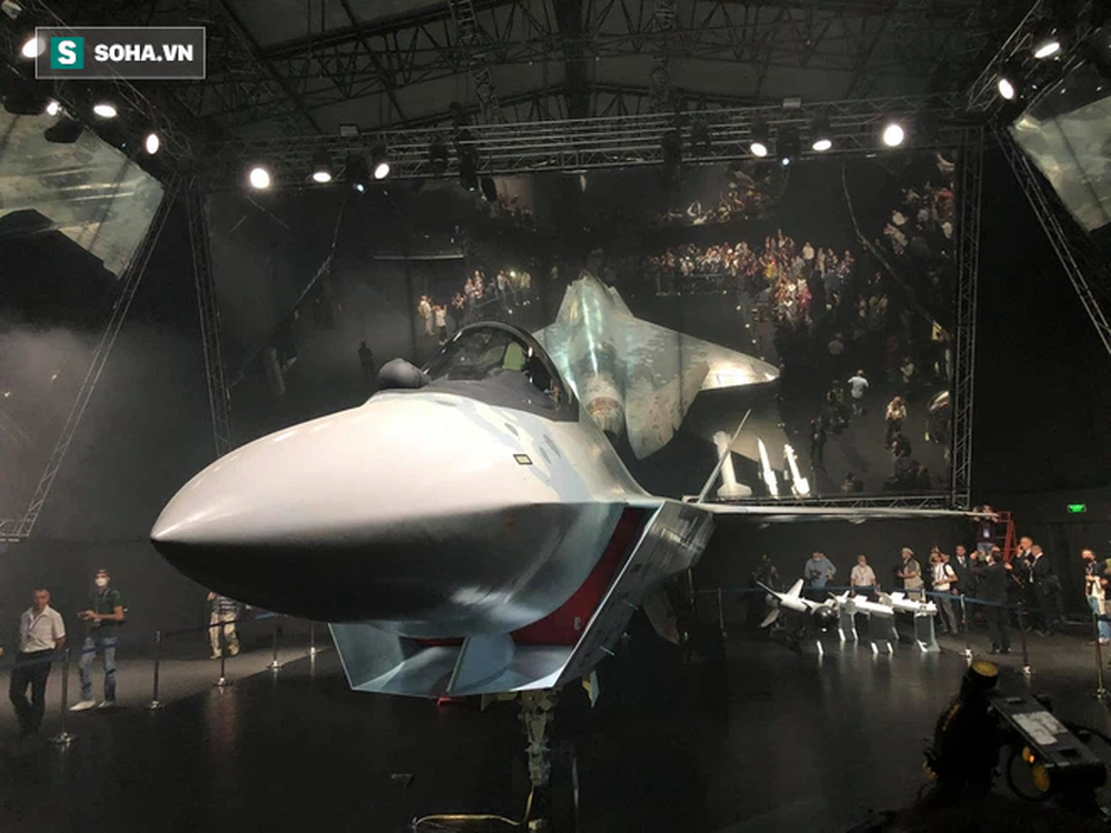 Tiêm kích bí ẩn ở MAKS 2021: Tận mắt thấy tinh hoa vũ khí Nga khiến cả thế giới thán phục - Ảnh 11.