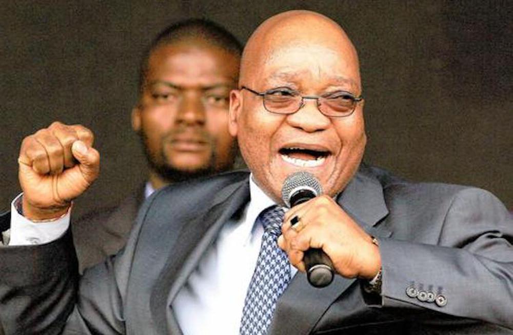 Cựu Tổng thống nộp mình cho cảnh sát, Nam Phi chìm trong bạo loạn lớn nhất hậu Apartheid  - Ảnh 1.
