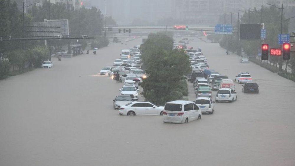 Trung Quốc mưa lớn: Trịnh Châu thất thủ trong nước lũ, tham vọng thành phố bọt biển kiểu mẫu đã sụp đổ? - Ảnh 5.