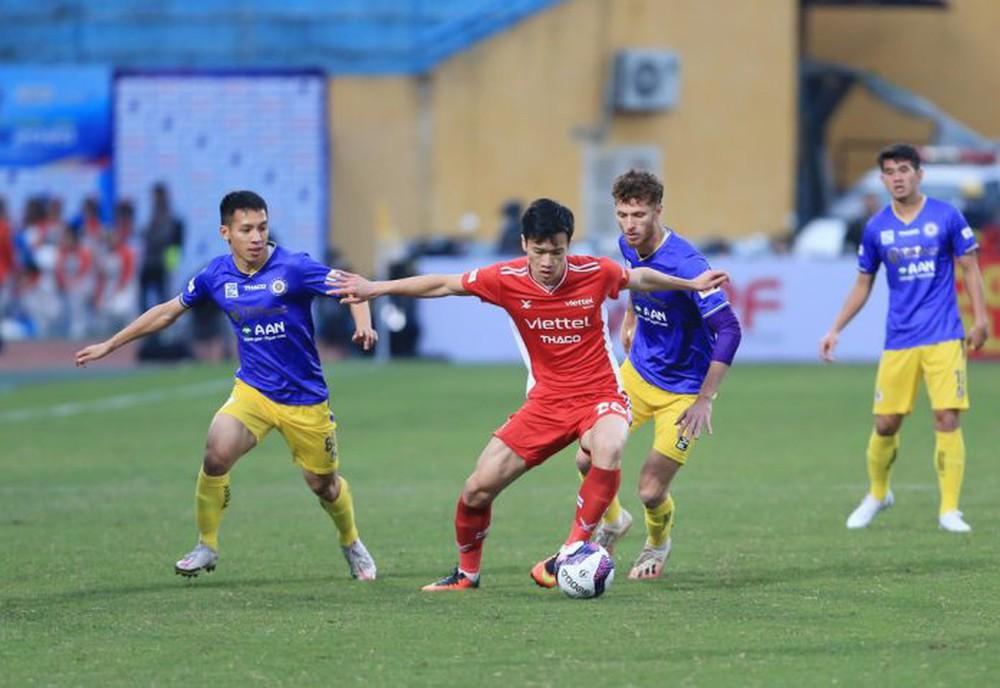 Nhật Bản bày cách để V.League 'sống sót' thời Covid-19 - Ảnh 1.