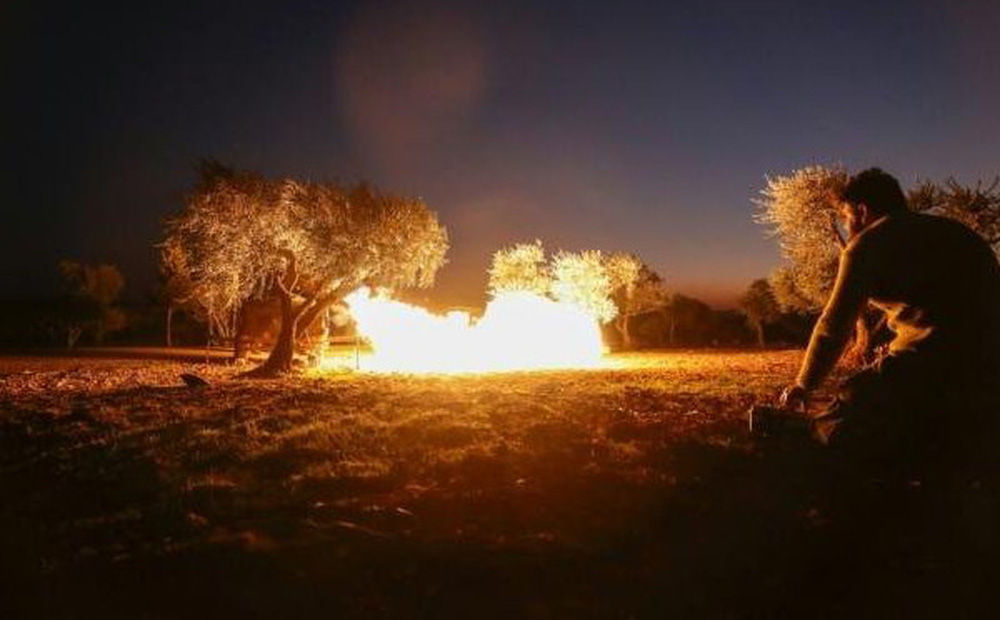 """Tấn công tên lửa vào kho vũ khí ở Syria, máy bay Israel bị Nga """"hạ gục"""""""