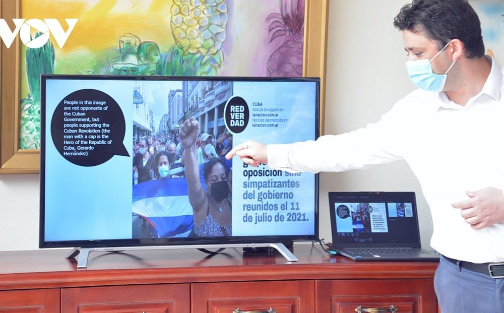 Đại sứ quán Cuba bóc mẽ chiến dịch tung tin giả và tấn công mạng nhằm vào Cuba