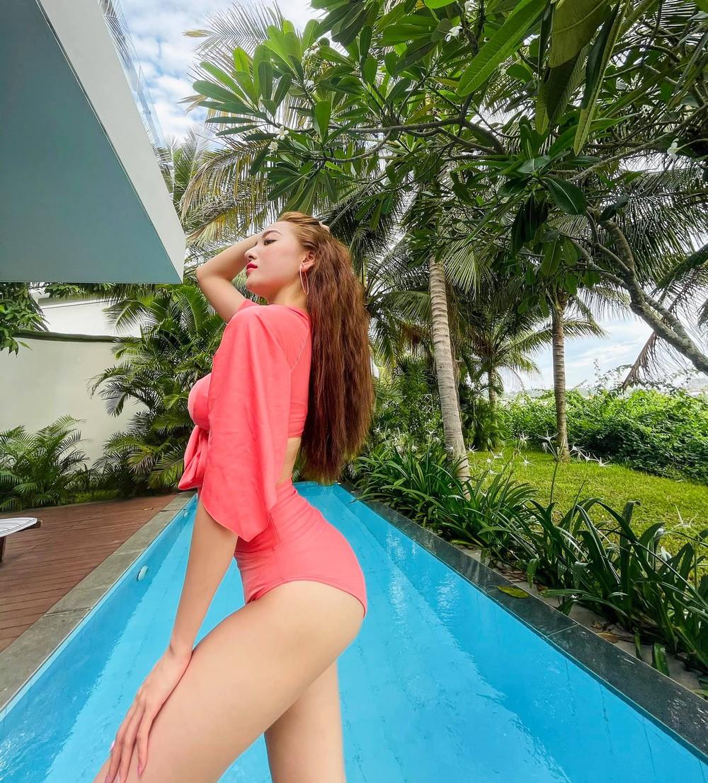 Người đẹp Nhà trọ Balanha tung ảnh bikini nóng bỏng - Ảnh 2.