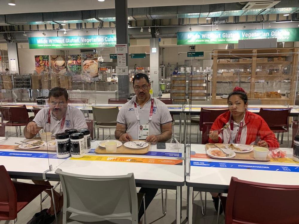 Đoàn thể thao Việt Nam ăn nhanh, rút nhanh phòng dịch Covid-19 ở Olympic Tokyo 2020 - Ảnh 1.