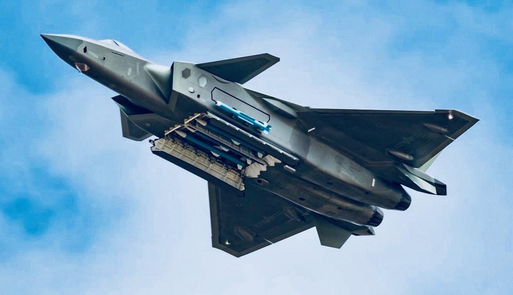 Tung một lúc 25 tiêm kích F-22, Mỹ tính làm cuộc săn cuối cùng nhằm vào J-20 Trung Quốc? - Ảnh 5.
