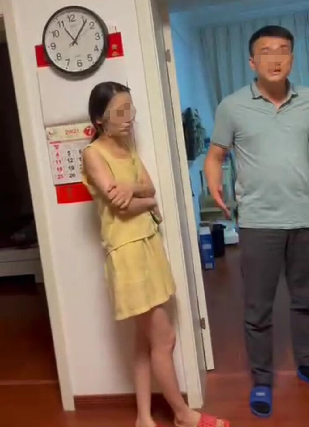 Bị bắt gian ngay tại nhà, cô vợ thản nhiên đứng đắp mặt nạ, bồ cũ của chồng bất ngờ lên tiếng bóc phốt - Ảnh 5.