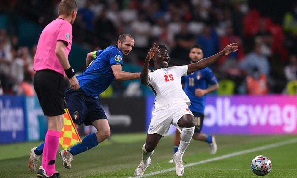 Cựu tuyển thủ Ý khẳng định Azzuri sẽ thắng 1.000 lần nếu đá lại trận chung kết Euro 2020 với đội tuyển Anh - Ảnh 6.
