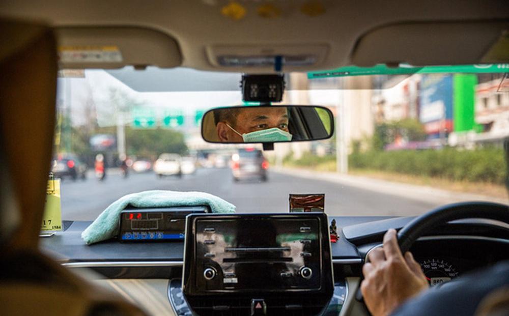 Tài xế taxi dương tính nCoV chở 48 khách trong 1 tuần, TP Đồng Hới áp dụng Chỉ thị 15