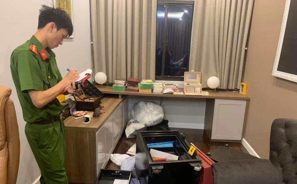 Trộm viếng thăm nhà dân lấy két sắt chứa gần 2,5 tỷ đồng ở Sài Gòn