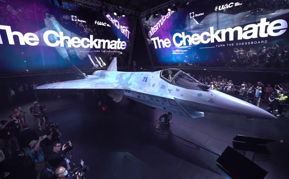 """""""30 năm không chế tạo nổi máy bay mới"""": Chuyên gia Nga đáp trả cực gắt khi báo Ukraine cả gan chê Su-75"""