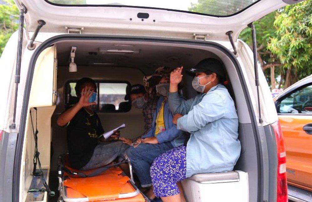 Gia đình 4 người đạp xe từ Đồng Nai đã về đến quê ở Nghệ An an toàn - Ảnh 11.