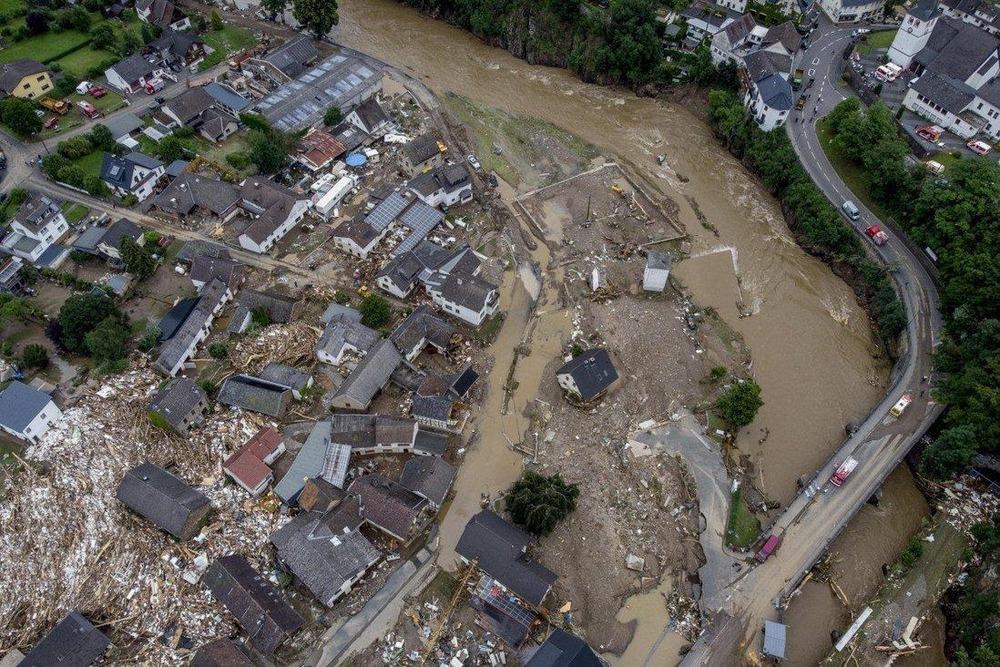 Lũ lụt thảm khốc ở Trung Quốc, nắng nóng kinh hoàng ở Canada đều do một thủ phạm, và nó không phải thứ nhiều người vẫn nghĩ - Ảnh 1.