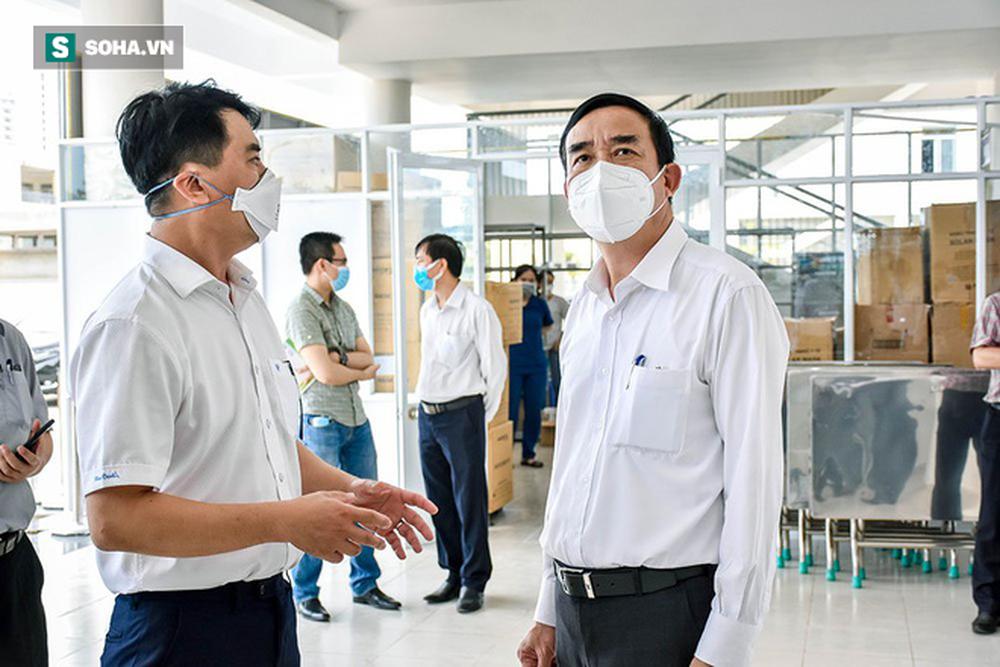 Cận cảnh Bệnh viện dã chiến Đà Nẵng hoàn thành sau 3 ngày xây dựng vừa đưa vào hoạt động - Ảnh 12.