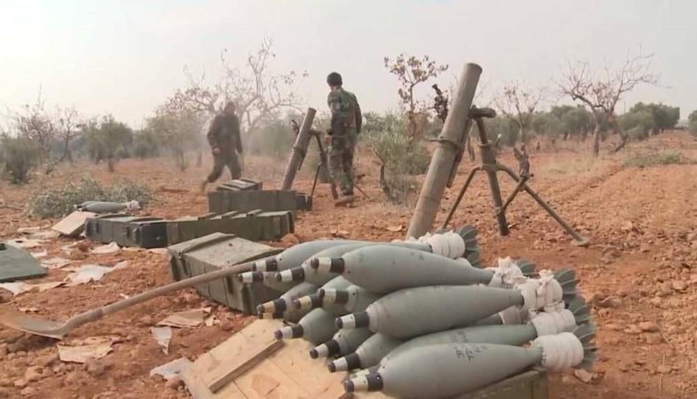 """Nga dồn dập không kích sát """"tiền đồn"""" của Thổ ở Syria, cú đáp trả khốc liệt? - Ảnh 2."""
