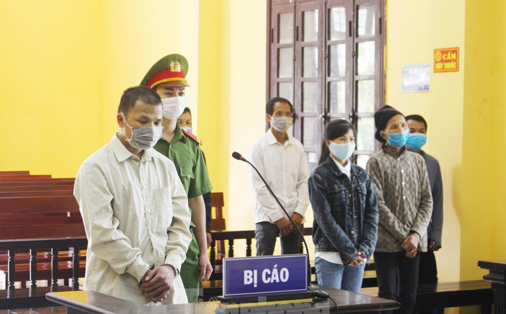 Lạng Sơn: Nghịch tử thiêu sống cha đẻ, lĩnh án 17 năm tù