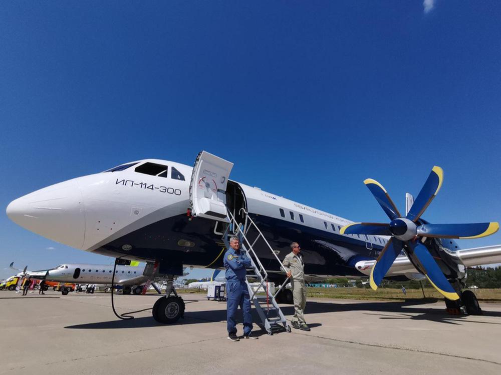 Putin hạ lệnh, máy bay Nga an toàn nhất đã xuất hiện: Đường băng cất - hạ cánh cũng rất ngắn! - Ảnh 8.