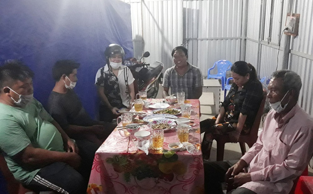 Phạt 6 người ngồi nhậu ở Trà Vinh 90 triệu đồng