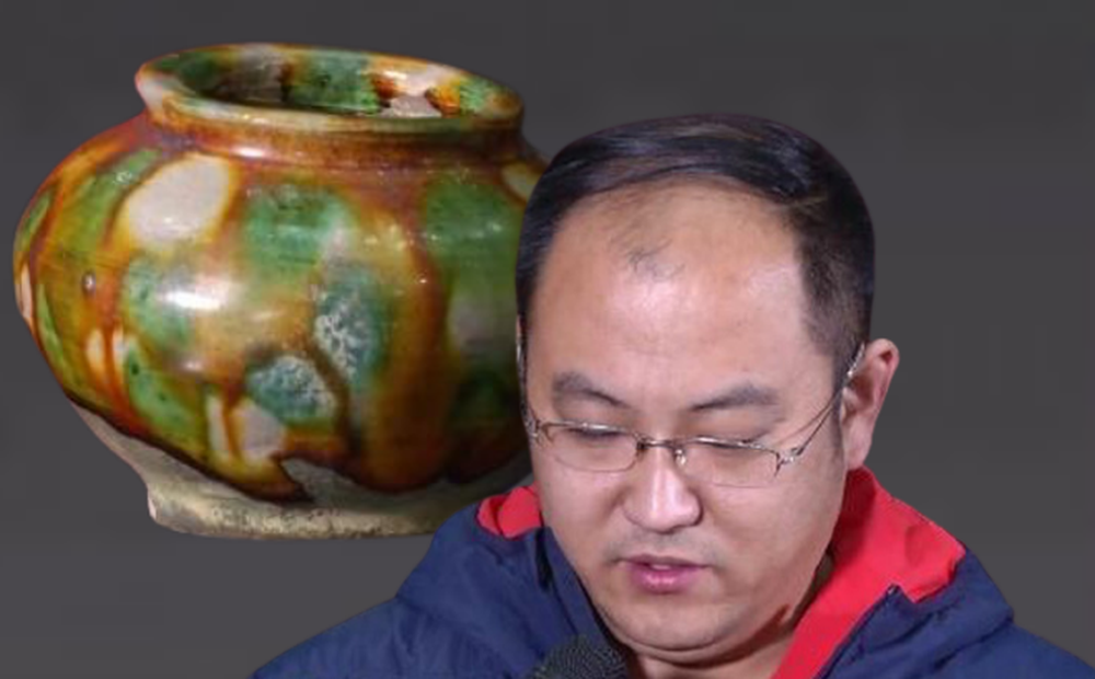 Người nông dân bỏ 1.000 NDT mua chiếc bình gốm, chuyên gia dứt khoát: Mang về đi, tôi không dám định giá!