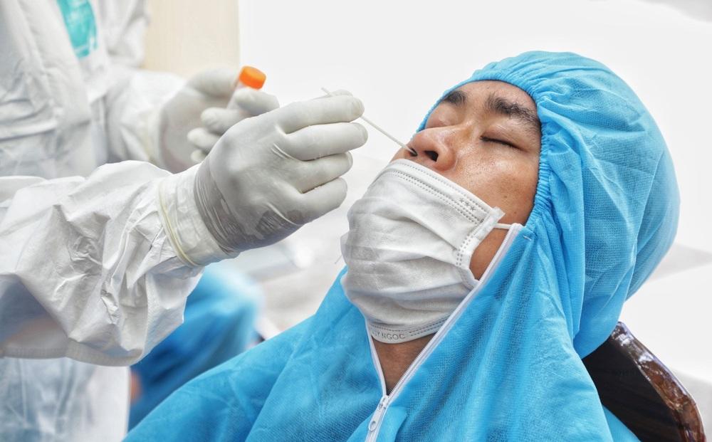 Hà Nội: Phát hiện thêm 10 ca dương tính SARS-CoV-2 ở 7 quận, huyện