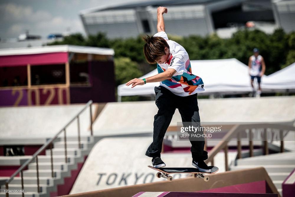 Nam thần Nhật Bản đi vào lịch sử Olympic - Ảnh 2.