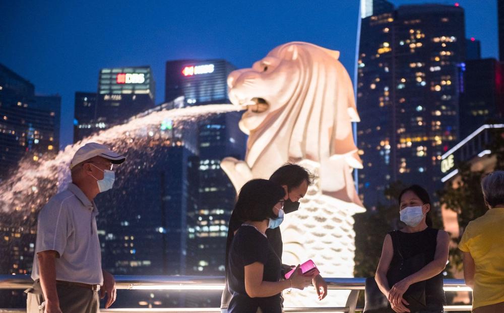 """Singapore chưa sẵn sàng """"sống chung"""" với COVID-19"""